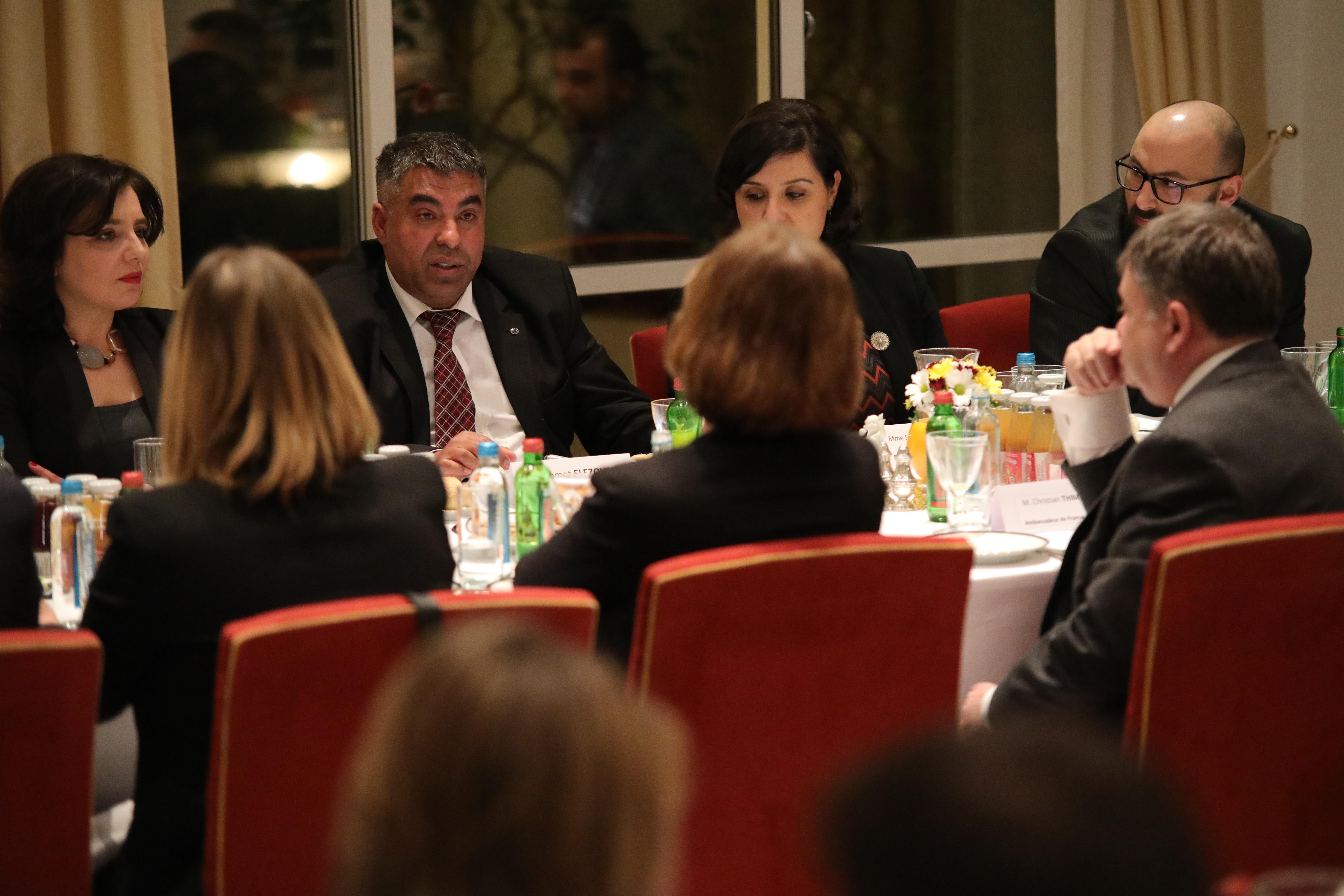 tek na razgovori Ashmet u ime na NRC s minister za evropski prasanja od franciju
